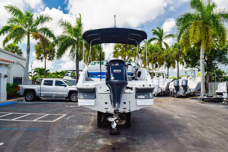 Thumbnail 6 for New 2019 Hurricane SunDeck SD 2410 OB boat for sale in West Palm Beach, FL