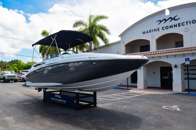 Thumbnail 1 for New 2019 Hurricane SunDeck SD 2410 OB boat for sale in West Palm Beach, FL