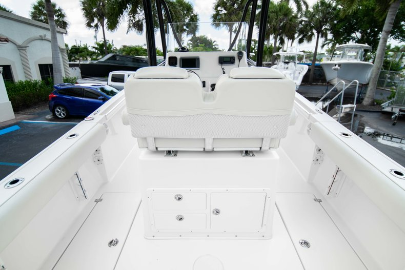 Image 10 for 2014 Cobia 237 Center Console in West Palm Beach, FL