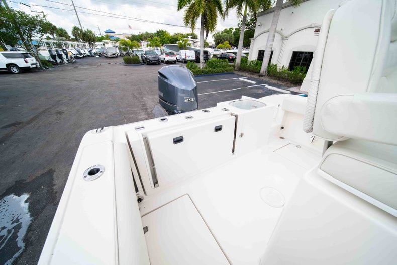 Image 12 for 2014 Cobia 237 Center Console in West Palm Beach, FL