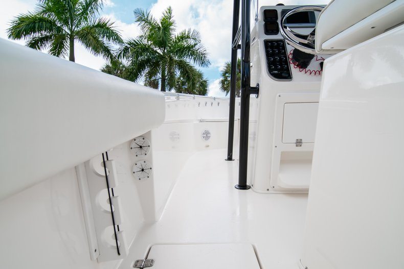 Image 19 for 2014 Cobia 237 Center Console in West Palm Beach, FL