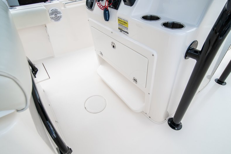 Image 26 for 2014 Cobia 237 Center Console in West Palm Beach, FL