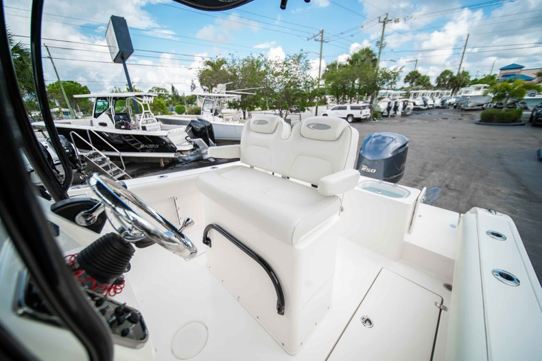 Image 30 for 2014 Cobia 237 Center Console in West Palm Beach, FL