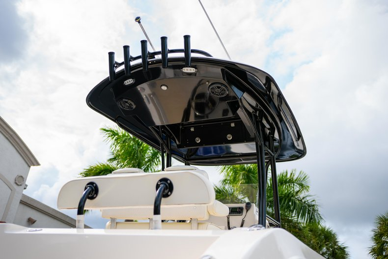 Image 8 for 2014 Cobia 237 Center Console in West Palm Beach, FL
