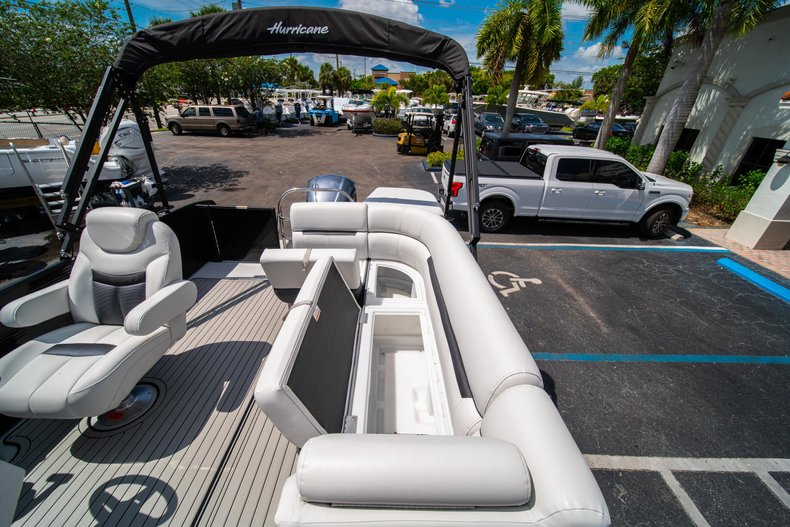 Thumbnail 12 for New 2019 Hurricane FunDeck FD 236SB boat for sale in Vero Beach, FL