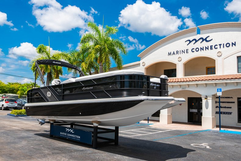 Thumbnail 1 for New 2019 Hurricane FunDeck FD 236SB boat for sale in Vero Beach, FL