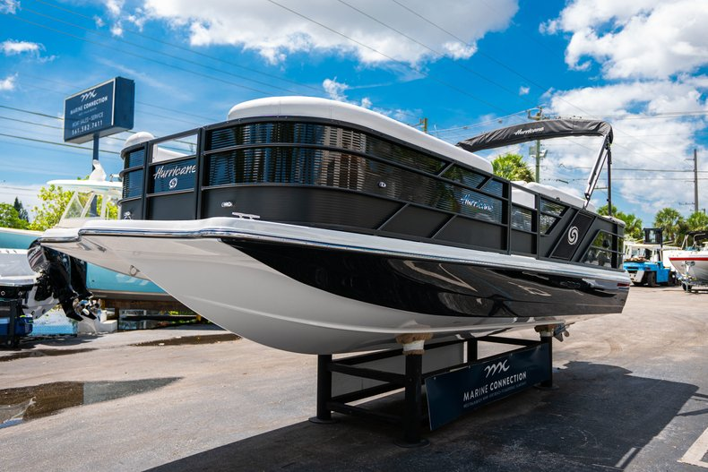Thumbnail 3 for New 2019 Hurricane FunDeck FD 236SB boat for sale in Vero Beach, FL