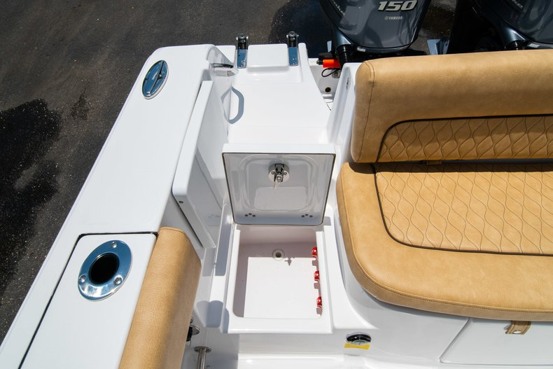 Thumbnail 15 for New 2019 Sportsman Heritage 251 Center Console boat for sale in West Palm Beach, FL