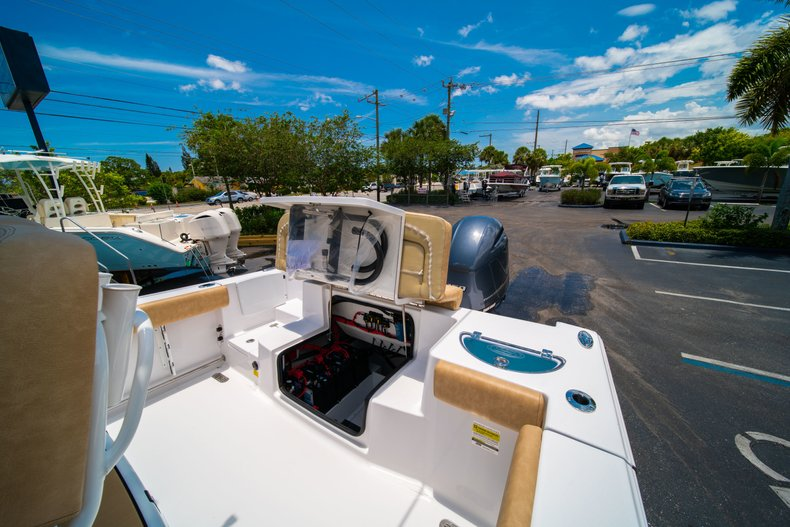 Thumbnail 11 for New 2019 Sportsman Heritage 251 Center Console boat for sale in West Palm Beach, FL
