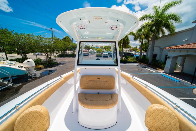 Thumbnail 39 for New 2019 Sportsman Heritage 251 Center Console boat for sale in West Palm Beach, FL