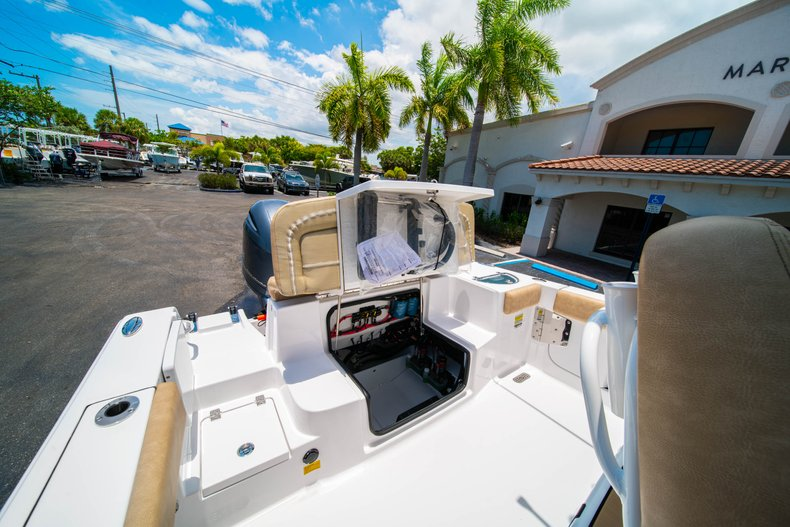 Thumbnail 9 for New 2019 Sportsman Heritage 251 Center Console boat for sale in West Palm Beach, FL