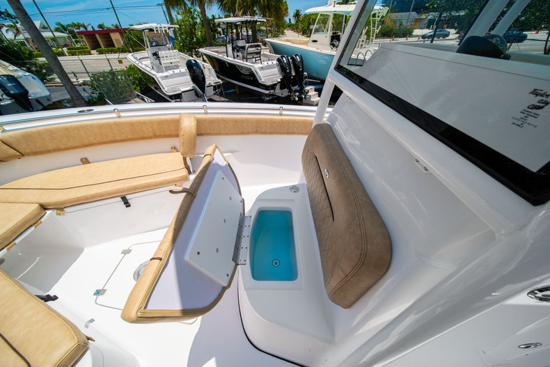 Thumbnail 40 for New 2019 Sportsman Heritage 251 Center Console boat for sale in West Palm Beach, FL