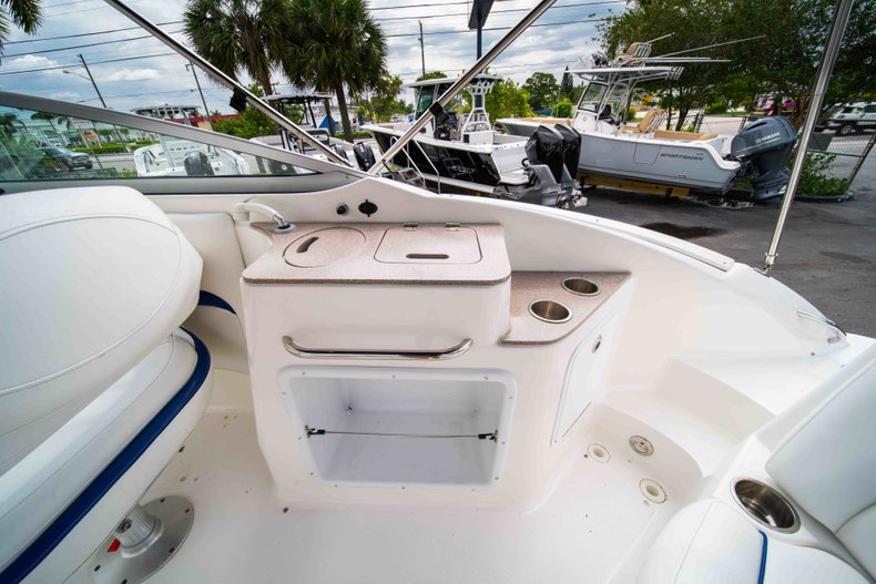 Thumbnail 10 for Used 2012 Hurricane SunDeck 2400 boat for sale in West Palm Beach, FL
