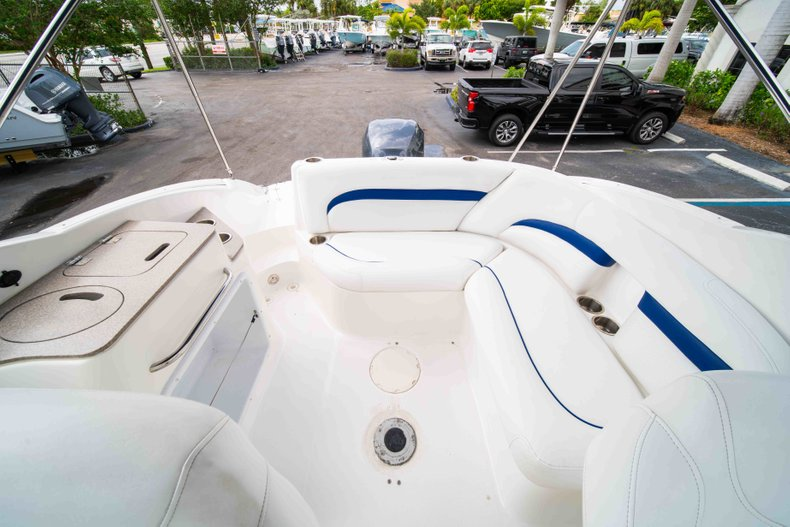 Thumbnail 12 for Used 2012 Hurricane SunDeck 2400 boat for sale in West Palm Beach, FL