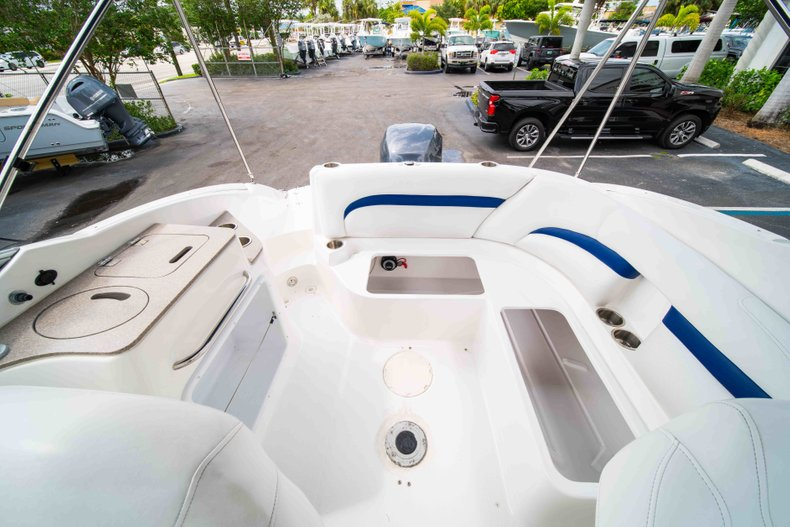 Thumbnail 13 for Used 2012 Hurricane SunDeck 2400 boat for sale in West Palm Beach, FL