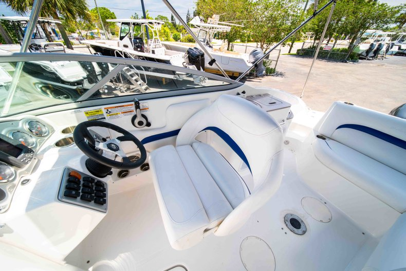 Thumbnail 20 for Used 2012 Hurricane SunDeck 2400 boat for sale in West Palm Beach, FL