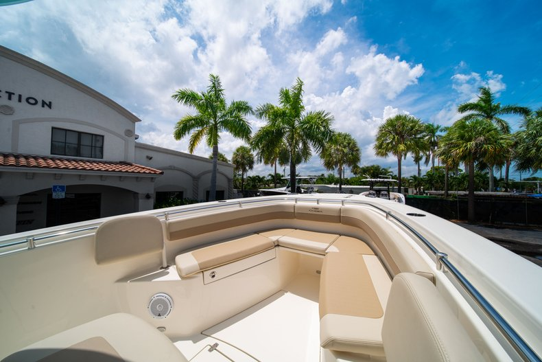 Thumbnail 35 for New 2019 Cobia 280 Center Console boat for sale in Fort Lauderdale, FL