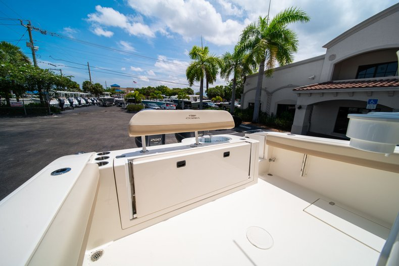 Thumbnail 9 for New 2019 Cobia 280 Center Console boat for sale in Fort Lauderdale, FL