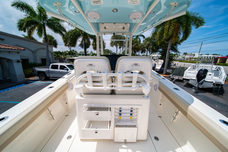 Thumbnail 16 for New 2019 Cobia 280 Center Console boat for sale in Fort Lauderdale, FL