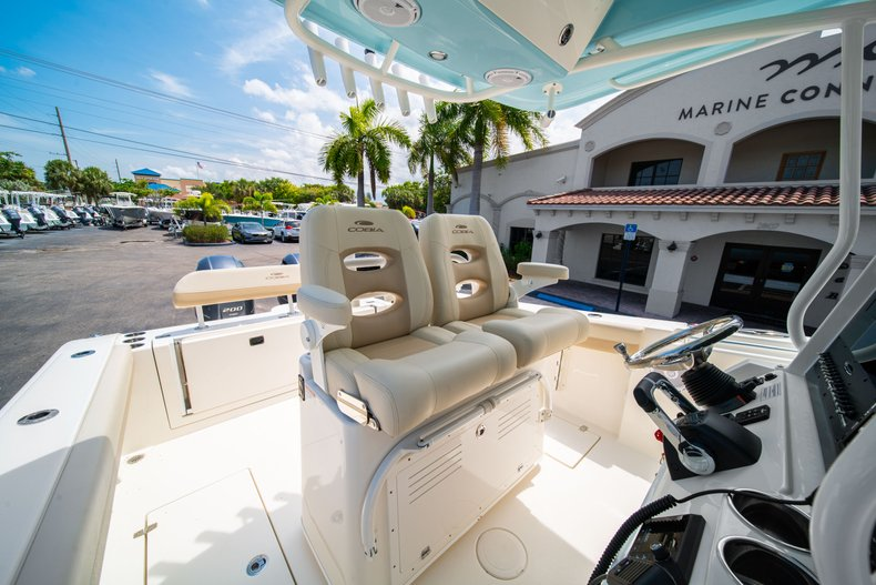 Thumbnail 32 for New 2019 Cobia 280 Center Console boat for sale in Fort Lauderdale, FL