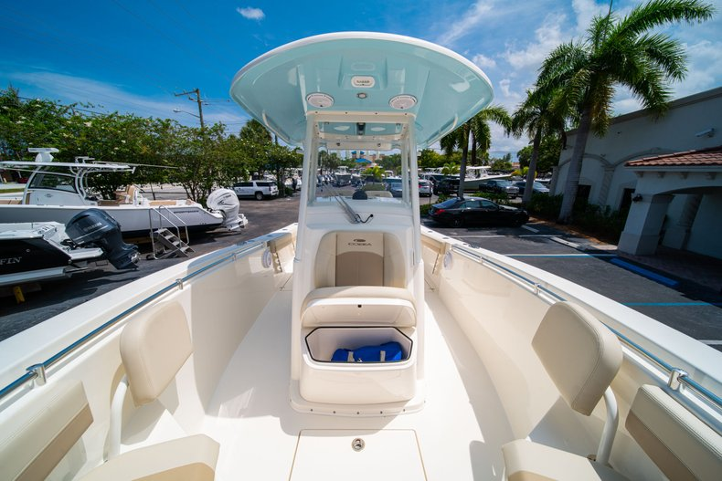 Thumbnail 44 for New 2019 Cobia 280 Center Console boat for sale in Fort Lauderdale, FL
