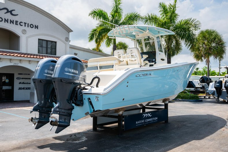 Thumbnail 7 for New 2019 Cobia 280 Center Console boat for sale in Fort Lauderdale, FL