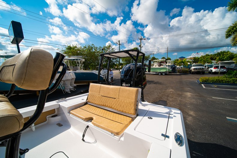 Thumbnail 11 for New 2019 Sportsman Tournament 214 Bay Boat boat for sale in West Palm Beach, FL