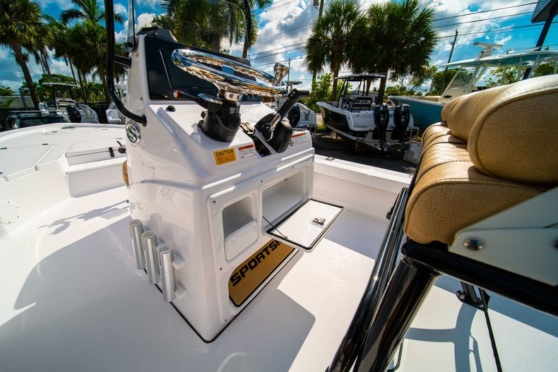 Thumbnail 23 for New 2019 Sportsman Tournament 214 Bay Boat boat for sale in West Palm Beach, FL