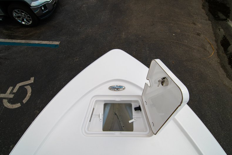 Thumbnail 33 for New 2019 Sportsman Tournament 214 Bay Boat boat for sale in West Palm Beach, FL