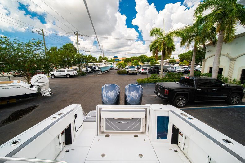 Thumbnail 9 for New 2019 Blackfin 272DC Dual Console boat for sale in West Palm Beach, FL