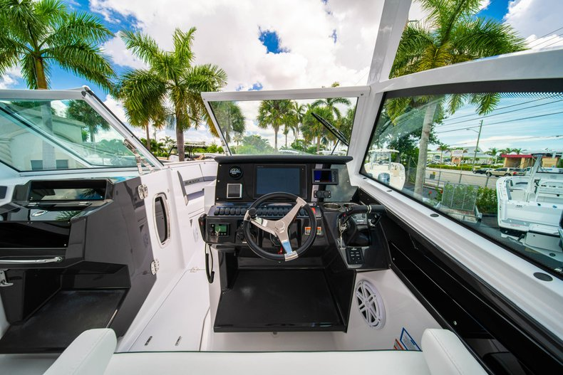 Thumbnail 31 for New 2019 Blackfin 272DC Dual Console boat for sale in West Palm Beach, FL
