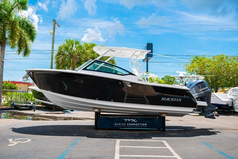 Thumbnail 4 for New 2019 Blackfin 272DC Dual Console boat for sale in West Palm Beach, FL