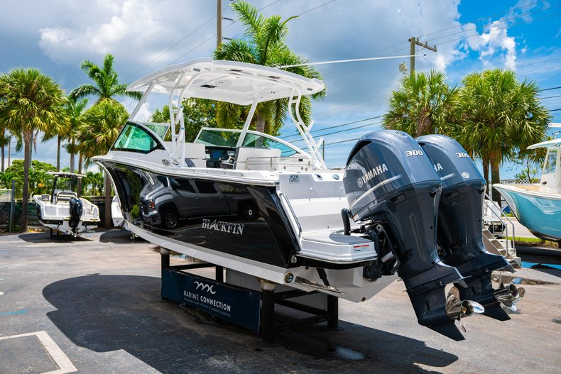 Thumbnail 5 for New 2019 Blackfin 272DC Dual Console boat for sale in West Palm Beach, FL