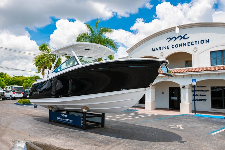 Thumbnail 1 for New 2019 Blackfin 272DC Dual Console boat for sale in West Palm Beach, FL
