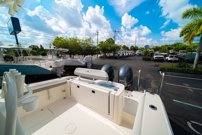 Thumbnail 17 for New 2019 Cobia 280 Center Console boat for sale in West Palm Beach, FL