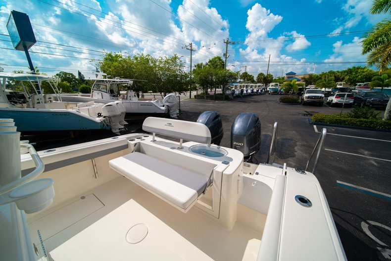 Thumbnail 18 for New 2019 Cobia 280 Center Console boat for sale in West Palm Beach, FL