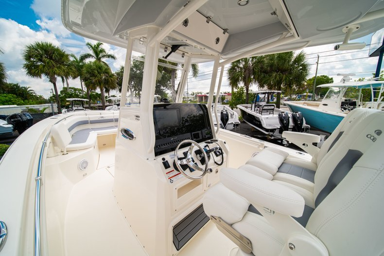 Thumbnail 21 for New 2019 Cobia 280 Center Console boat for sale in West Palm Beach, FL