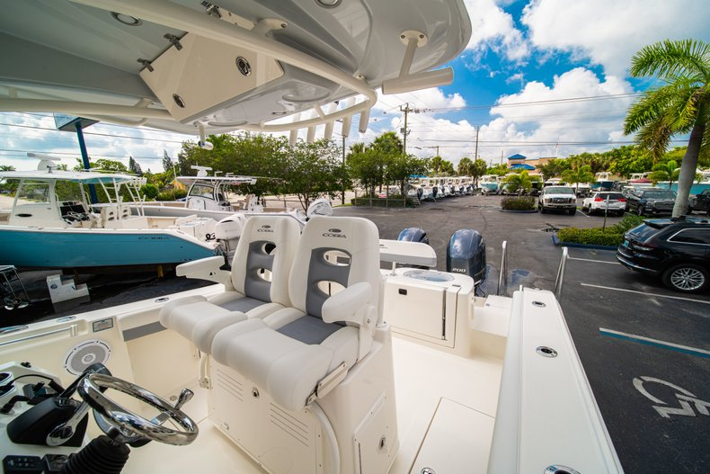 Thumbnail 26 for New 2019 Cobia 280 Center Console boat for sale in West Palm Beach, FL
