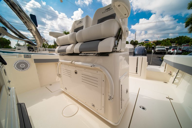 Thumbnail 27 for New 2019 Cobia 280 Center Console boat for sale in West Palm Beach, FL