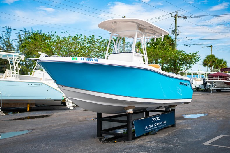 Thumbnail 3 for Used 2016 Release 208 RX boat for sale in West Palm Beach, FL