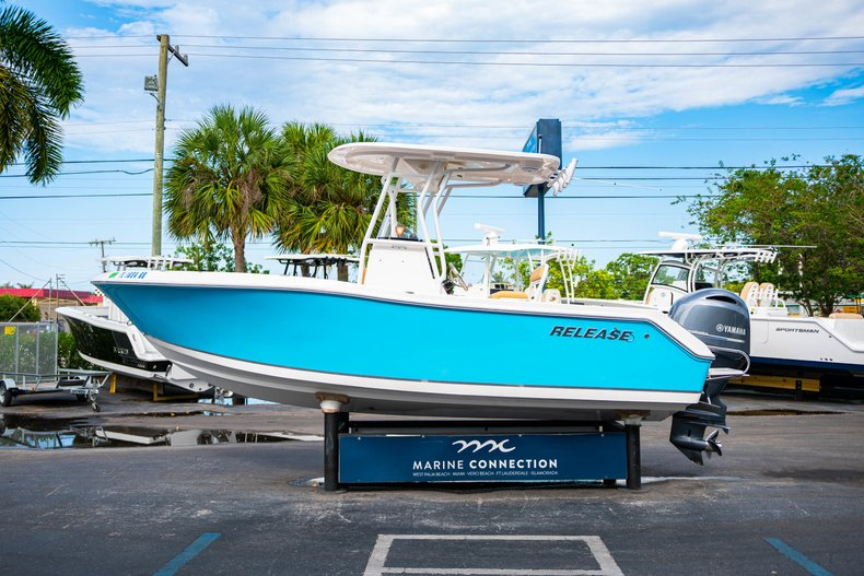 Thumbnail 4 for Used 2016 Release 208 RX boat for sale in West Palm Beach, FL