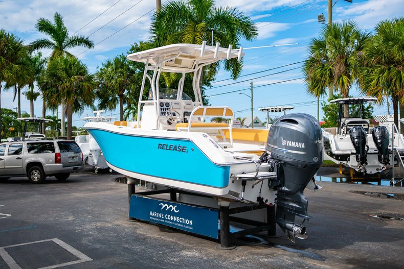 Thumbnail 5 for Used 2016 Release 208 RX boat for sale in West Palm Beach, FL