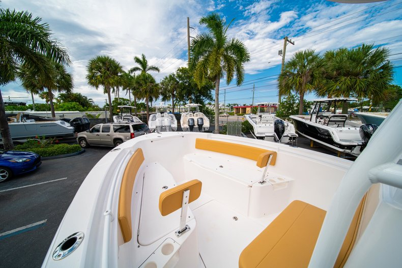 Thumbnail 31 for Used 2016 Release 208 RX boat for sale in West Palm Beach, FL