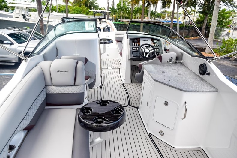 Thumbnail 70 for New 2019 Hurricane SunDeck SD 2690 OB boat for sale in West Palm Beach, FL