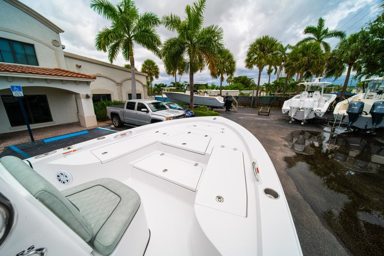 Thumbnail 28 for New 2020 Sportsman Masters 207 Bay Boat boat for sale in West Palm Beach, FL