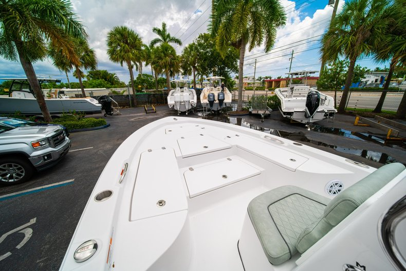 Thumbnail 30 for New 2020 Sportsman Masters 207 Bay Boat boat for sale in West Palm Beach, FL