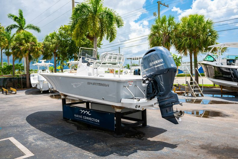 Thumbnail 5 for New 2020 Sportsman Masters 207 Bay Boat boat for sale in West Palm Beach, FL