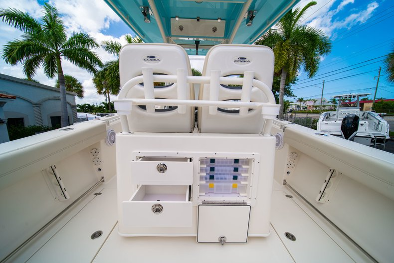 Thumbnail 21 for New 2019 Cobia 280 Center Console boat for sale in Miami, FL