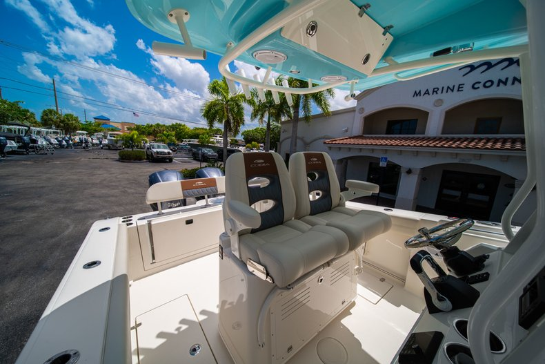 Thumbnail 31 for New 2019 Cobia 280 Center Console boat for sale in Miami, FL