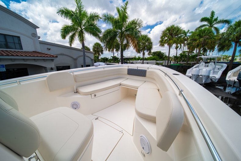 Thumbnail 36 for New 2019 Cobia 280 Center Console boat for sale in Miami, FL
